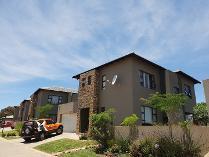 House in to rent in Eikenhof, Johannesburg