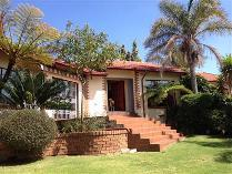 Townhouse in to rent in Witbank, Witbank
