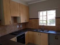 Townhouse in to rent in Equestria, Pretoria