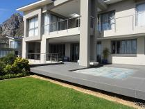 House in to rent in Stonehurst Mountain Estate, Muizenberg