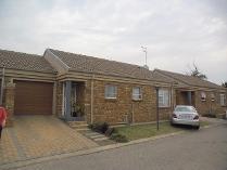 House in to rent in Bartlett, Boksburg