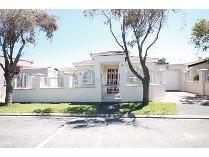 House in for sale in Grassy Park, Grassy Park