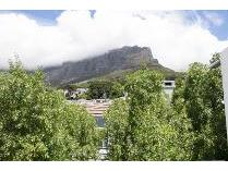 Duplex in to rent in Cape Town, Cape Town