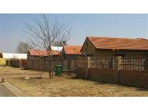 Townhouse in for sale in Mooivallei Park, Mooivallei Park