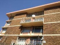 Flat-Apartment in to rent in Mayville, Pretoria