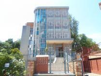Flat-Apartment in for sale in 39 Jeunesse Road, Raumarais Park, Bramley, Johannesburg