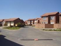 Flat-Apartment in to rent in 49 Mulder Street, The Reeds, Centurion
