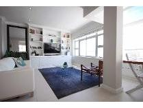 Flat-Apartment in to rent in Sea Point, Cape Town