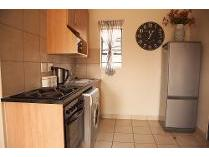 Flat-Apartment in to rent in Mhiri Street, Lotus Gardens, Pretoria