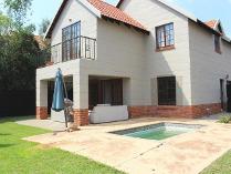 Townhouse in for sale in Equestria, Pretoria