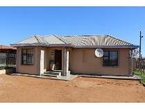 House in for sale in Ikageng, Ikageng