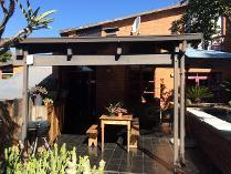 Duet in to rent in Waterkloof, Pretoria