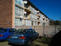 Flat-Apartment in for sale in Vanderbijlpark Ce 2, Vanderbijlpark
