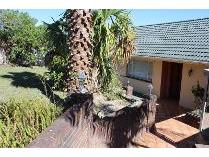 House in for sale in Beacon Bay, East London
