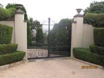 House in for sale in Waterkloof, Rustenburg