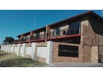 Townhouse in for sale in Nimrod Park, Kempton Park