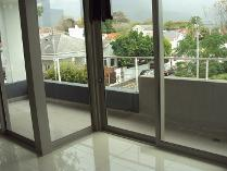 Flat-Apartment in to rent in Claremont, Cape Town