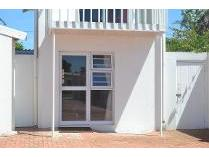 Flat-Apartment in to rent in Summerstrand, Port Elizaberth