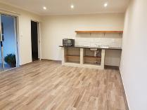 Flat-Apartment in to rent in Highlands North, Johannesburg