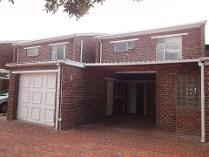 Cluster in for sale in Heathfield, Cape Town