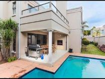 Cluster in for sale in Sandton, Sandton
