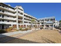 Flat-Apartment in for sale in Rondebosch, Cape Town