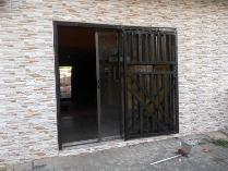 Retail in to rent in Lenasia South, Lenasia South