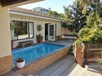 House in for sale in Beach Estate, Hout Bay