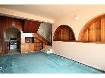 Contryhouse in to rent in Sunnyrock, Germiston