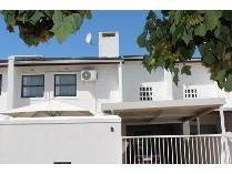 Townhouse in for sale in Stellenbosch, Stellenbosch