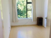 Flat-Apartment in to rent in Rosebank, Cape Town