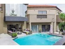 House in for sale in Greenstone Hill, Johannesburg