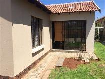 Townhouse in to rent in Germiston, Umzimkhulu