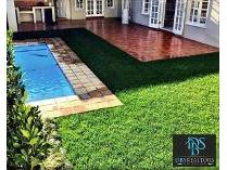 House in to rent in Oaklands, Johannesburg
