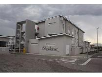 Flat-Apartment in for sale in Brackenfell, Brackenfell