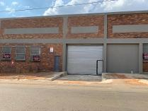 Retail in to rent in Booysens, Johannesburg