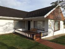 House in for sale in Saxilby, East London