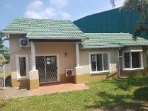 Townhouse in to rent in Mount Edgecombe Country Estate 1, Mount Edgecombe
