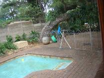 House in to rent in Athlone Park, Durban