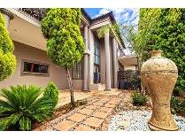 House in for sale in Willow Acres Estate, Pretoria