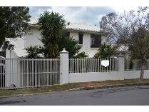 House in for sale in Courtrai, Paarl