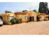Townhouse in for sale in Three Rivers East, Vereeniging