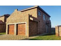 Duplex in for sale in Balilie Park, Potchefstroom