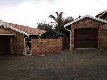 Townhouse in for sale in Rangeview, Krugersdorp