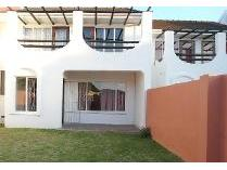 Duplex in to rent in Beacon Bay, East London