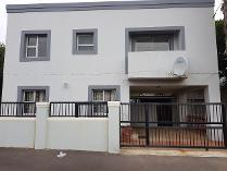 Flat-Apartment in to rent in Denneburg, Paarl