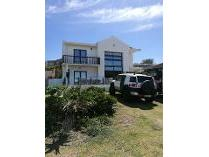 House in for sale in Seaview, Clarendon Marine