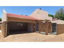 Cluster in for sale in Birchleigh, Kempton Park