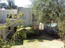 Flat-Apartment in for sale in Bloubosrand, Randburg