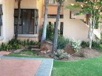 Townhouse in to rent in Erasmuskloof, Pretoria